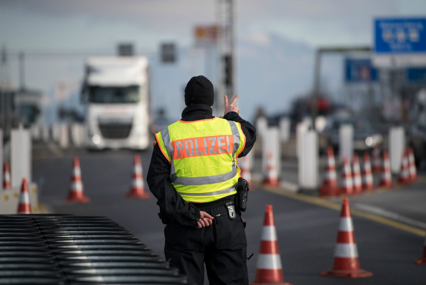 Ograniczenia przy przekraczaniu granicy przez Cudzoziemców – Kto obecnie ma prawo wjechać do Polski?